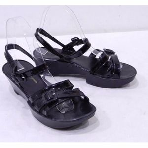 Robert Clergerie 6 Black Patent Leather Sandals